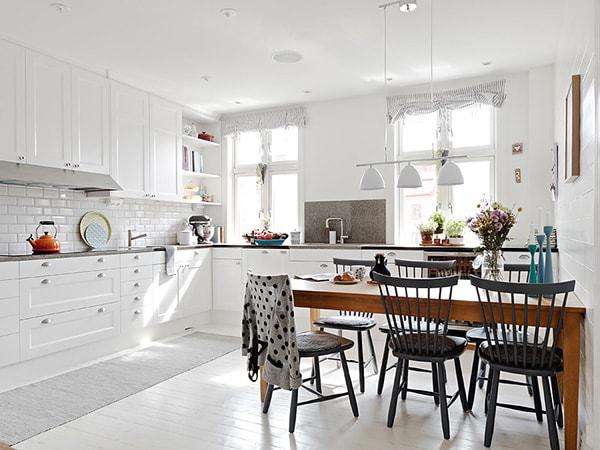 Cách bố trí bàn ăn trong bếp cho không gian chật hẹp-2