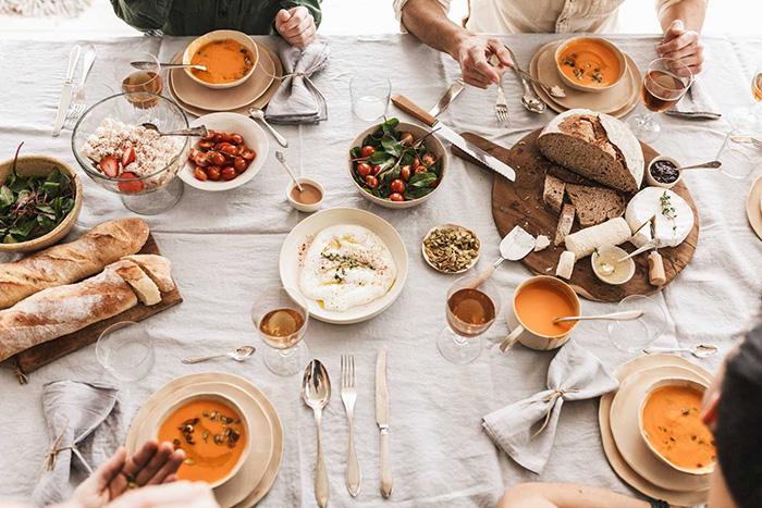 Mẫu khăn trải bàn sành điệu cho các chị em đam mê decor-3